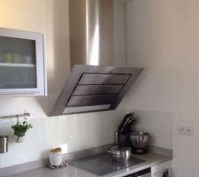 hotte roblin vizio robot kitchen aid et credence en verre