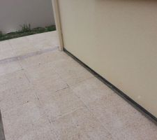 realisation de l exterieur de la maison en dalles