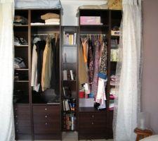 Nos armoires terminées et fixées au mur