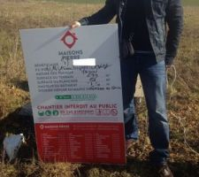 panneau reçu lors du rdv lancement de chantier
