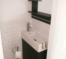 carrelage metro dans les toilettes rdc lave mains