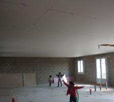 Le plafond.