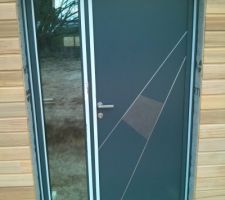 porte d entree kline modele ceramique avec semi fixe vitre effet reflechissant