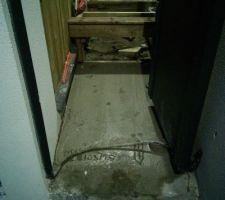 petite chape beton au portillon