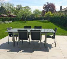 terrasse terminee et jardin engazonne on savoure