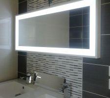 Le miroir en 120cm avec led intégré