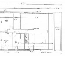 voici donc le plan de notre maison en attente de recevoir le plan definitif qui doit nous etre envoye d ici 14 jours par le bureau d etude c est donc un plein pied comble amenagable environs 85m habitable une chambre de 10m pour ma fille 2ans et la notre de 11 5m environs j attend les plans definitifs pour vous confirmer