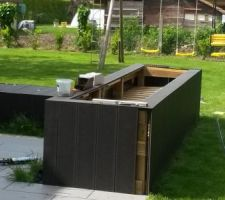 realisation jardiniere en lames composites