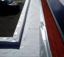 Retour porte d'entree membrane pvc sur carport