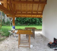 Atelier lasure des volets bois de l'étage !!