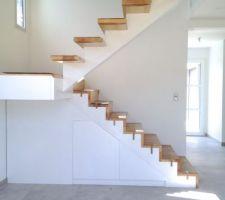 Photos et id es escalier 2 4 tournant 1 905 photos - Rangement sous escalier tournant ...