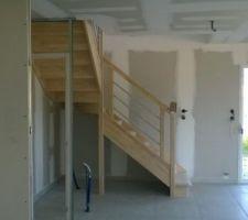 escalier vu de la cuisine