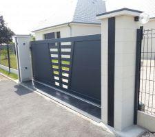 maison contemporaine a 6 pans rdc avec etage plancher beton