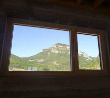 Chassis fixe     fenêtre 1 battant : vue intérieure bureau 2