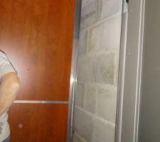 Début des parois intérieures de l'ascenseur