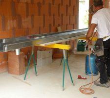 Fabrication des gouttières rectangulaires en zinc naturel