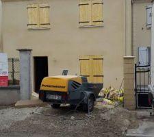 construction avec maison pierre