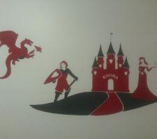 fresque murale faite en papier peint par mon petit frere pour ma fille