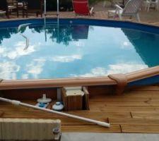 en 2014 nous avons mis une petite piscine et nous venons enfin de terminer l exterieur