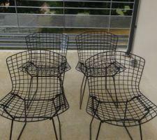 Nettoyage de chaises Bertoia