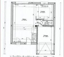 voici le plan avant la map ou il y aura des changements au niveau toilette et cuisine