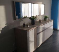 buffet de chez mobilier de france laque blanc et ceramique