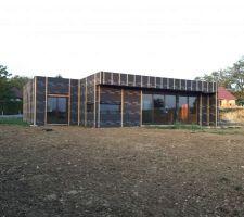 the black cube au couche du soleil