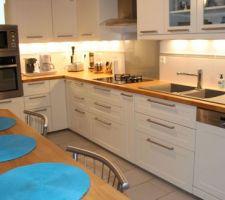 photos et id es cuisine ikea 921 photos. Black Bedroom Furniture Sets. Home Design Ideas