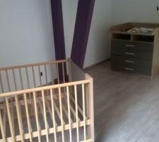 Installation des meubles chambre de bébé