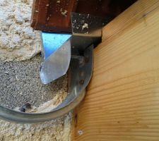 Détail fixation support gouttière sur planche de rive (avant dépose)