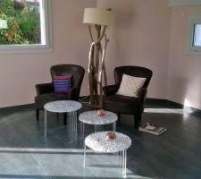 coin salon en cours tables kartell fauteuils chocolat en microfibre on attend le canape de chez tara octobre 2015