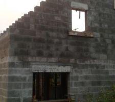 Fin de l'élévation des murs