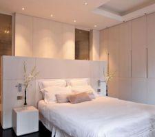 style tete de lit prevue dans la suite parentale de moindre hauteur neanmoins