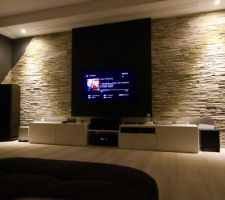 photos et id es salon salle manger mur peinture 7536. Black Bedroom Furniture Sets. Home Design Ideas