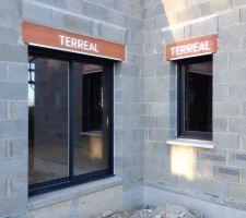 baie vitree 180 et fenetre chambre 1 vantail