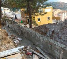 murs sous maison