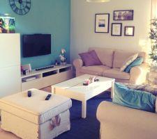 Le salon cosy et conviviale que nous voulions prend forme :)