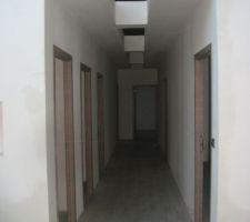 couloir nuit