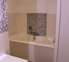 Salle de bain tant attendu enfin terminée !