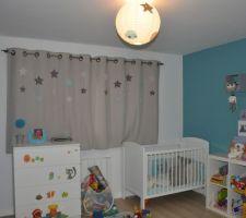 la chambre de bebe a evolue il a bientot 2 ans