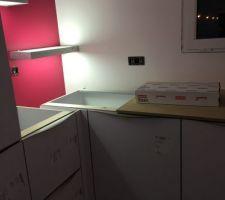 Etagere lumineuse de la cuisine
