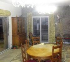 Rideaux de la salle à manger et salon posés