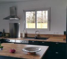 Et voià enfin une photo de la cuisine de jour en fonctionnement :)