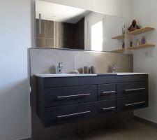 salle de bains de la partie chambres