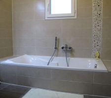 la baignoire avant son remplacement