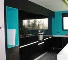 La cuisine a enfin revêtu sa couleur!