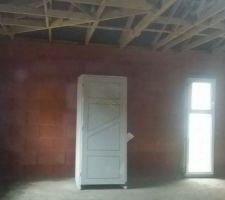 interieur de gauche a droite fenetre ch amis portes interieures fenetre salle de bain