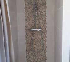 La douche étage