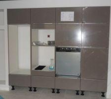 Installation par nos soins de la cuisine et de l'electromenager