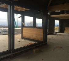 pose du cadre de la baie vitree de 6 metres
